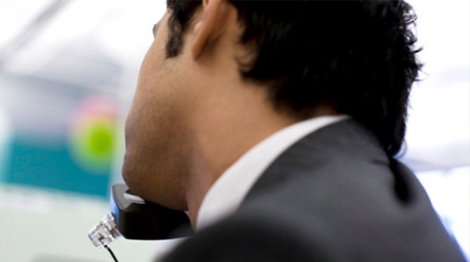 TIPS VOOR DE EERSTE 15 SECONDEN VAN UW TELEFONISCHE ACQUISITIEGESPREK
