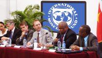 IMF OVERTUIGT VAN GOEDE AFWERKING HERSTELPROGRAMMA EN TERUGBETALING DOOR SURINAME