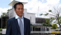 PERTJAJAH LUHUR: PRESIDENT BOUTERSE MOET FUNCTIE NEERLEGGEN