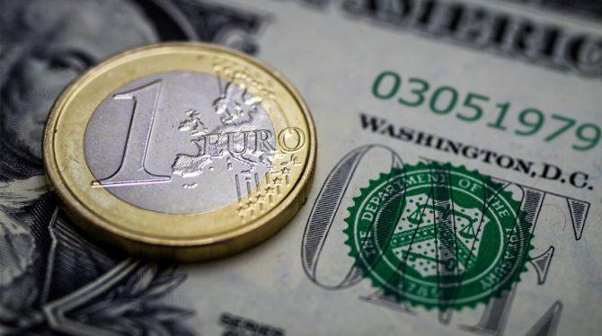 EURO STIJGT OPNIEUW IN WAARDE
