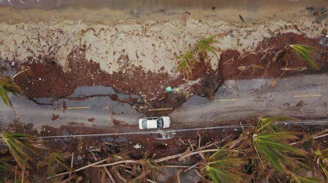 TRUMP VRAAGT OM MILJARDENLENING VOOR GETROFFEN PUERTO RICO